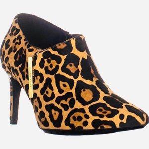 NWT Calvin Klein Jeanna Cheetah Print Booties